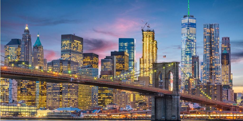 new-york-city-skyline-picture-id932802282